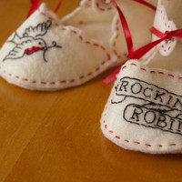 Rockin' Robin Baby Booties by birdcagedesigns on Etsy