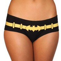 Amazon.com: Batman Logo Glow in the Dark 3 Pack Hipster Briefs: Clothing