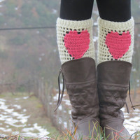 Valentines Day Sale - ivory Pink Short Heart Knit Boot Cuffs. Love Heart Short Leg Warmers. Crochet heart Boot Cuffs. Legwear pink cream