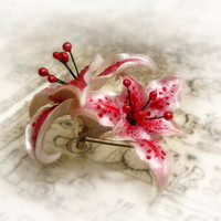 Pink and white stargazer lily polymer clay brooch by UraniaArt