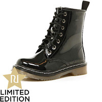 Girls black patent chunky boots