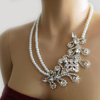 Statement Pearl Wedding Bridal Necklace, Victorian Style Rhinestone Leaf Necklace, Vintage Srtle Crystal Necklace with Swarovski Pearls