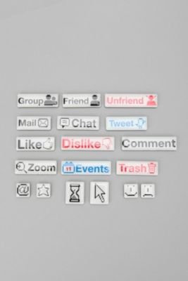 Social Talk Magnets
