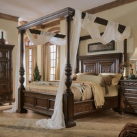 Add Drama to your Bedroom with a Canopy Bed | Mar Silver
