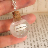 Memories in glass vial - harry potter necklace - silver plated - albus dumbledore s pensieve