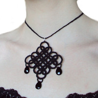 Tatted Goth Necklace by TataniaRosa on Etsy