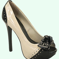 Black &amp; Beige Patent Peep Toe Pumps Shoes - Unique Vintage - Cocktail, Evening &amp; Pinup Dresses