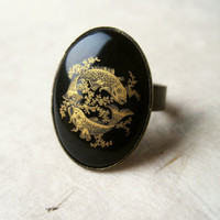 Pisces Zodiac Ring. Black Vintage Ring, Pisces Ring Adjustable Ring, Antique Brass Ring with Vintage Glass Cabochon. Rare Ring  ZR18.