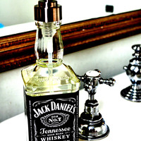 Quick Gift: Jack Daniel&#x27;s Soap Dispenser  - Curly Birds