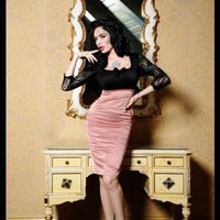 Deadly Dames Je T&#x27;Adore Dress in Mauve  | Pinup Girl Clothing