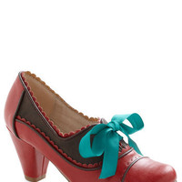 Notch Your Step Heel in Crimson | Mod Retro Vintage Heels | ModCloth.com