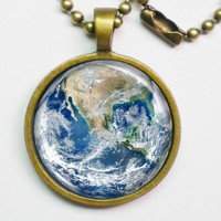 Planet Necklace - The Earth - Blue .. on Luulla