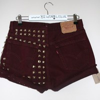 BeWorn  Vintage Half Stud High Waisted Levi&#x27;s 501 in Burgundy