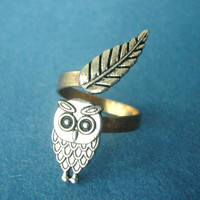 owl ring with a leaf wrap style