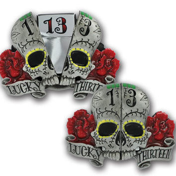 Split Skull Belt Buckle - Lucky 13