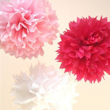 10 Poms Beautiful Pinks VALENTINES DECORATIONS by PerfectPoms
