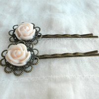 Flower Bobby Pins in Pearl Vintage Hair by theblackstarboutique