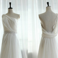 One Shoulder Chiffon Wedding Dress Bridal Gown by wonderxue