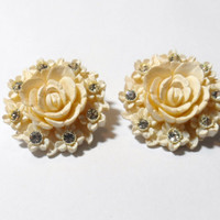 Vintage Jewelry Clip On Earrings off white cream rose flower Featherweight  resin rhinestone accents costume jewlery