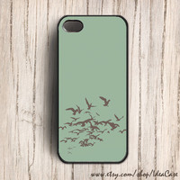 Bird Flying  iphone 5 case  Bird in Flight  iphone 4s by IdeaCase