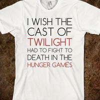 Cast of Twilight Fight in The Hunger Games - Text First