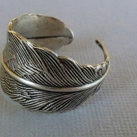 Silver Adjustable Feather Ring by pinkingedgedesigns on Etsy