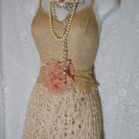 Cream crochet dress vintage wedding  lace boho  rose  romantic  medium   by vintage opulence on Etsy