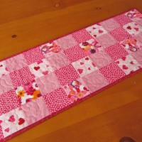 Quilted Table Runner Hearts | Meylah