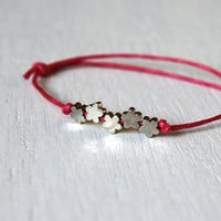 Little Flowers Bracelet 5 Flower Beads 24 colors by greenduckweed