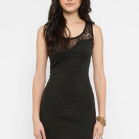 Lacey Plunge Dress in Black :: tobi