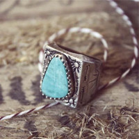 Vintage Arrow Turquoise Ring, Sweet Vintage Jewelry