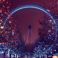 The London Eye at night wall decor Fine by HConwayPhotography