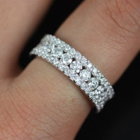 Haena14kt Floating Shared Prong Channel Diamond by RosadosBox