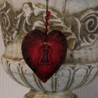 Who Holds the Key to Your Heart by Medusa13 on Etsy