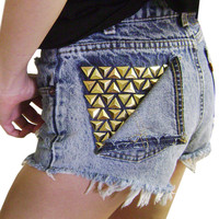 High Waisted Retro Levi's Shorts Peeled Pocket 28W