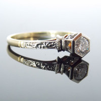 Platinum and Green Gold 1920s Art Deco Hexagonal and Scroll Shoulders Solitaire Tiffany Mounting RGDI2001N
