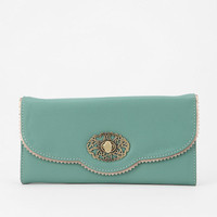 Urban Outfitters - Kimchi Blue Scallop-Lace Checkbook Wallet