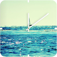 Sailin&#x27; Clock