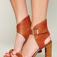 Free People Magic Heel - Available in Tan and Black