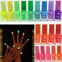 7ml Fluorescent Neon Nail Art Polish Glow in Dark Lacquer Varnish 20 Colors New