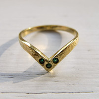 The V Ring by PRODUKT on Etsy