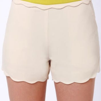 Wave Your Rights Scalloped Beige Shorts