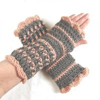 Stunning Crocheted Heather Gray and Pale Rose Fingerless Gloves | Luulla