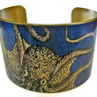cuff bracelet CURIOUS OCTOPUS Vintage style by UniqueArtPendants