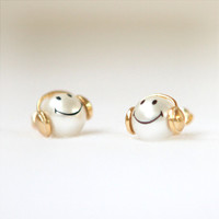 Happy smiley pearl earrings by laonato on Etsy