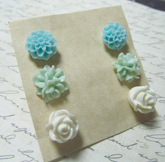 Flower Stud Set Seafoam Green Baby Blue & White Mum by EbonFlow