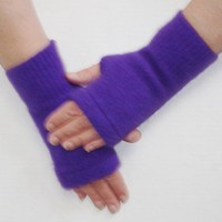 Upcycled Cashmere Fingerless Texting Gloves in Purple