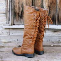 Winthrop Lace-up Boots in Cognac
