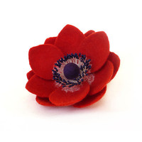 Felt flower brooch Red Anemone - ready to ship