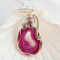 Druzy Jewelry, Wirewrapped Pendant Pink Druzy Agate
